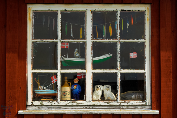 1266 - Harbor window - Hafenfenster